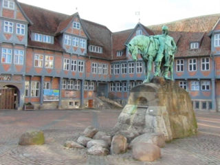 Wimmel mit! Geht auf Entdeckungsreise in Wolfenbüttel